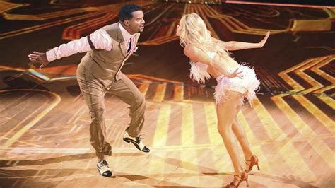 Carlton can dance! Alfonso Ribeiro tops 'Dancing With the