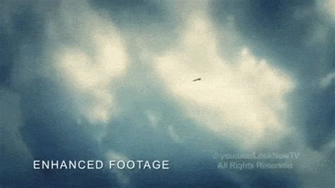 Ufo Sighting GIFs - Find & Share on GIPHY