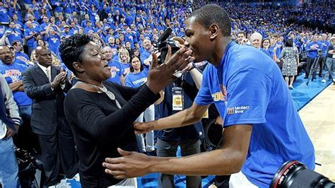 Q&A with Wanda Durant, mother of Kevin Durant