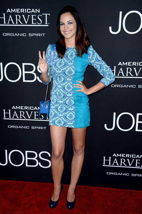 The Toe Cleavage Blog: Short skirts - Alexis Knapp