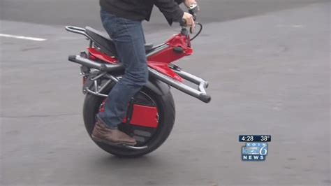 One-wheeled motorcycle rides to fame - YouTube