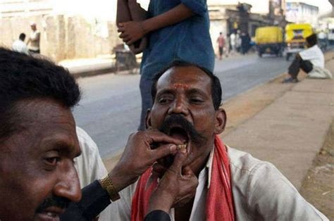 Free Street Dentists In India and China