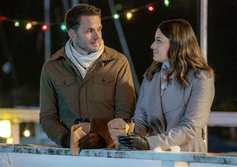 'A Godwink Christmas' Hallmark Movies Premiere: Cast