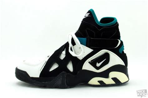 NikeAirUnlimited - The 90 Greatest Sneakers of the '90s