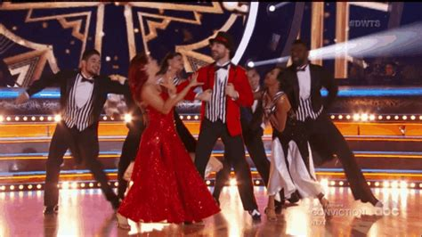 Who Got the First DWTS Perfect Score? | E! News