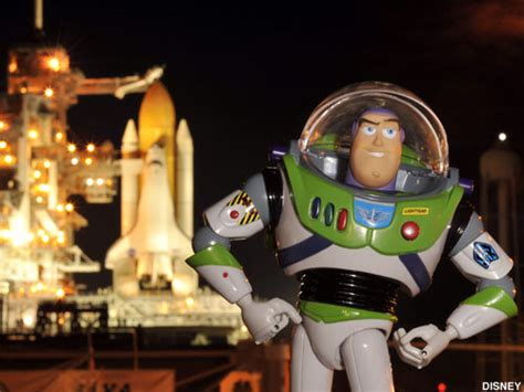 Toys in Space: Buzz Lightyear on the ISS - collectSPACE
