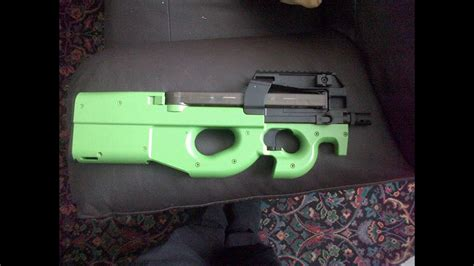 P90 (licensed by Cybergun) two-tone airsoft gun review