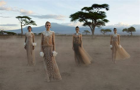 STEVE MCCURRY FOR VALENTINO